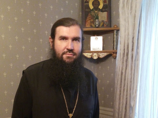 Офицеры СБУ требовали от отца Андрея Новикова раскрыть тайну исповеди антимайдановцев