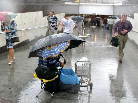 На раскаленную Москву надвигаются дожди и грозы