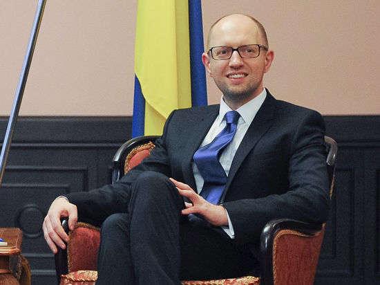 Яценюк останется премьером, Рада не отпустила его в отставку