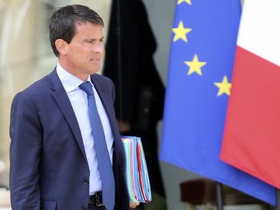 Расплата за критику: почему правительство Франции отправили в отставку