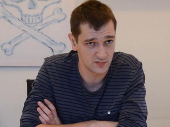 У брата оппозиционера изъяли рассказ про охранника Чубаку и самолетик за миллион долларов