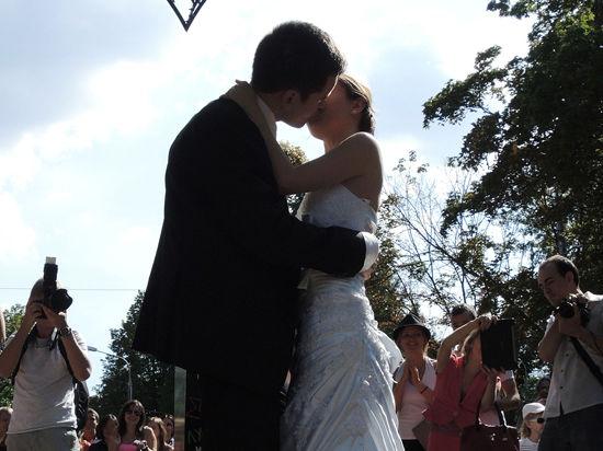 Россия женится на Украине: количество браков выросло в 2 раза