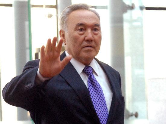 Назарбаев пригрозил выходом Казахстана из Евразийского союза