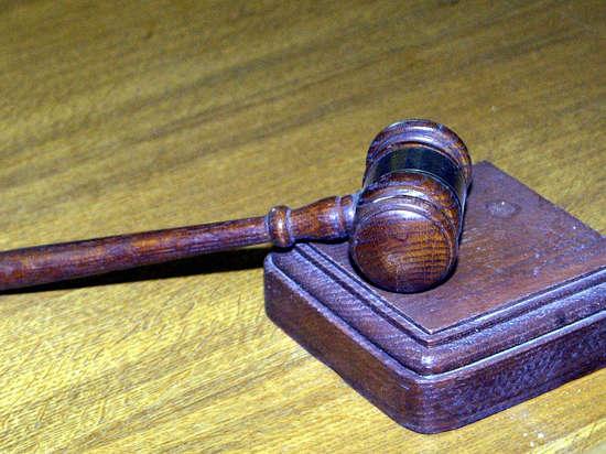 Чиновников будут увольнять за родственную субординацию
