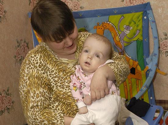 Родители смогут сидеть дома с больными детьми  до 18 лет