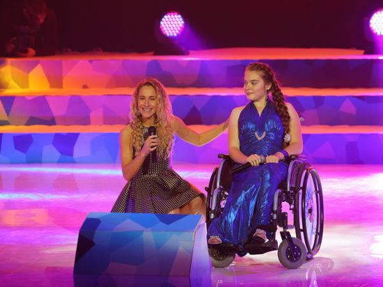 Юные артисты и Юлия Ковальчук поздравили с юбилеем Благотворительный фонд «Дети России»