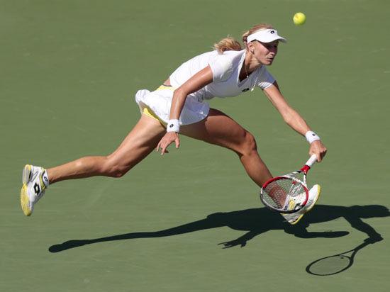 Макарова обыграла Азаренко на US Open и впервые вышла в полуфинал турнира