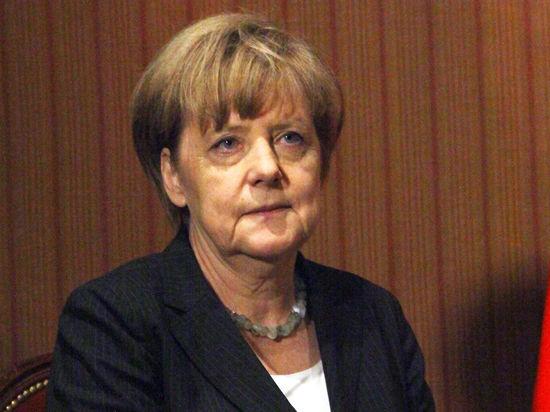 Меркель призвала принять новые санкции против России: