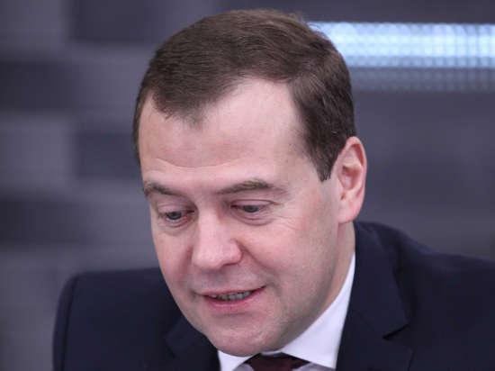 Медведеву показали в тестовом режиме электронную карту криминогенности Москвы