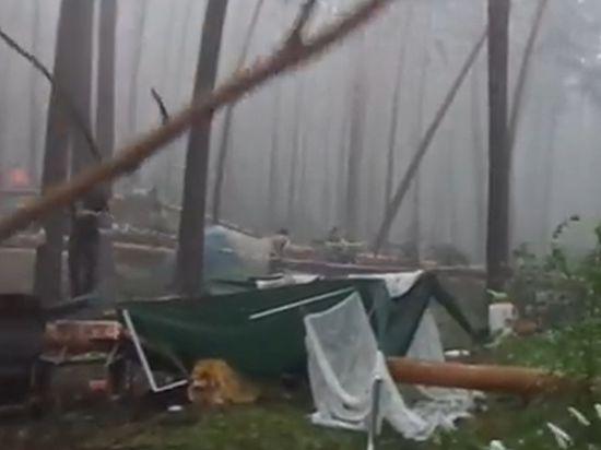 Трагедия на фестивале в Челябинске: упавшими деревьями убило несколько человек