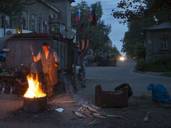 Верховная рада Украины вместо отвода войск голосует для отвода глаз