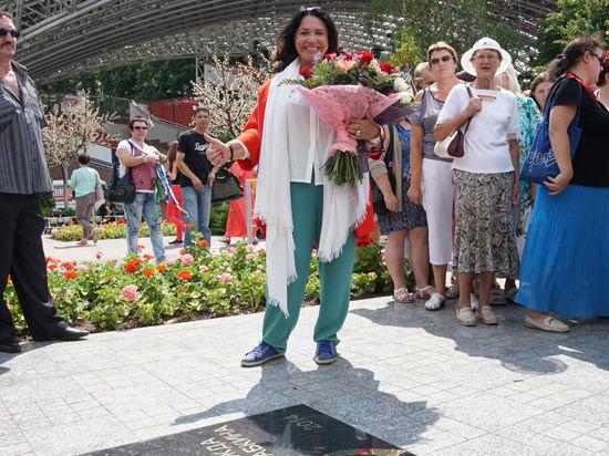 На Славянском базаре вместо звезды в честь Раймонда Паулса заложили звезду Надежды Бабкиной