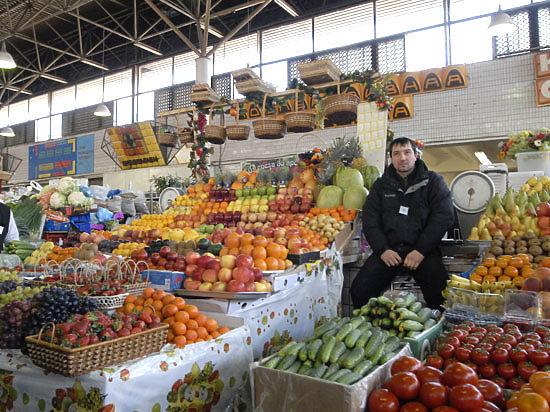На базарах обходят санкции против западных товаров