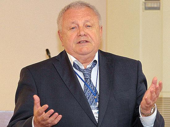 Новый совещательный орган теперь состоит из чиновников на пенсии
