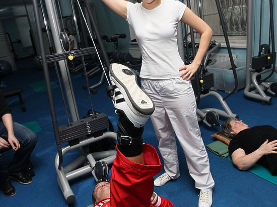 Лечение спины: гимнастика Дикуля