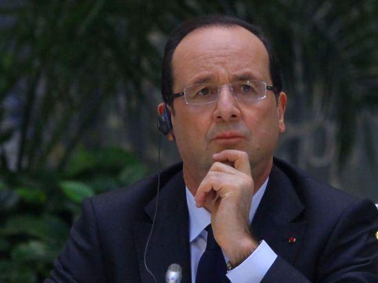 Николя Саркози считает, что вертолетоносец должен быть передан России