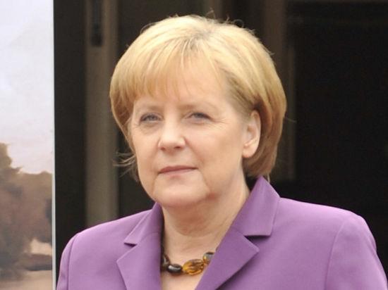 Парад Победы и фрау Меркель: ей бы лучше промолчать