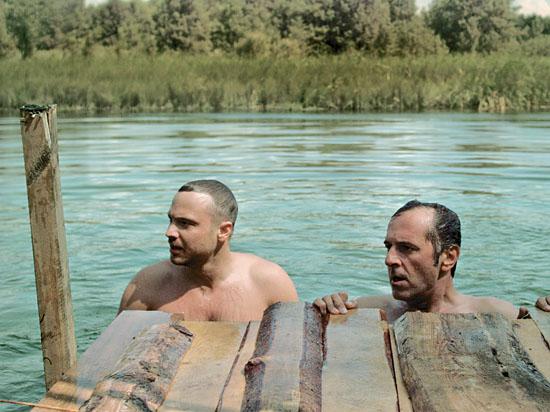 На «Московской премьере» покажут трагикомедию с Чадовым и Маковецким