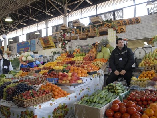 Евросоюз выделил 125 млн евро на спасение запрещенных Россией фруктов и овощей