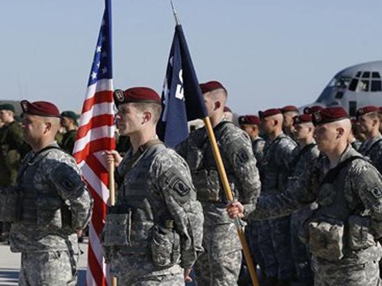 Эксперт: войсками в Восточной Европе НАТО хочет сдержать возможное наступление России