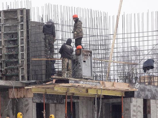 Мэр Нижнего Тагила предложил им подработать на стройках