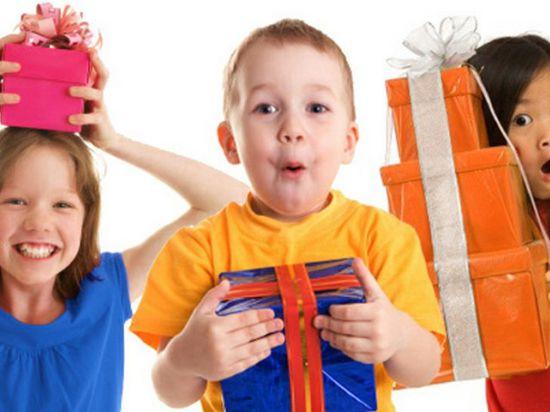 Покупаем игрушки для ребенка в Интернете