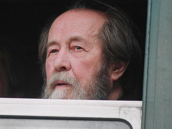 С кем вы, Солженицын иДостоевский?
