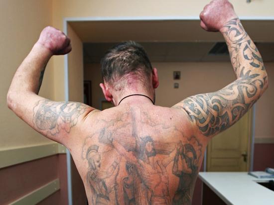 Гепатит притаился в салоне тату? Почему жители Северной столицы часто болеют гепатитом С