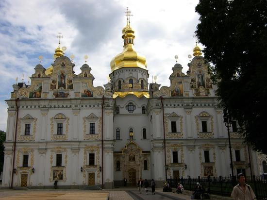 В Киеве избирают предстоятеля УПЦ Московского патриархата. Ожидаются беспорядки
