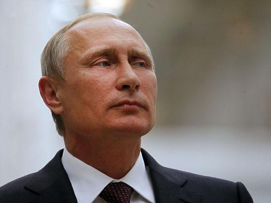 Путину подарили балерину, а он ее забыл