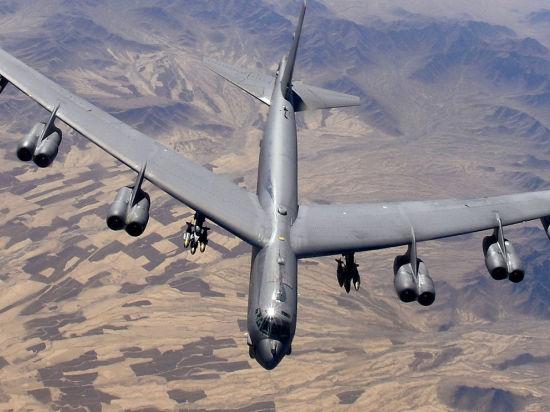 США перебросили ближе к России несколько бомбардировщиков B-52