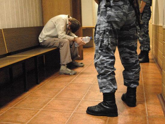 Полицейские дали студенту лишний повод для самоубийства