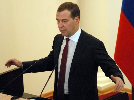 Медведев: Киев врёт об отсутствии беженцев