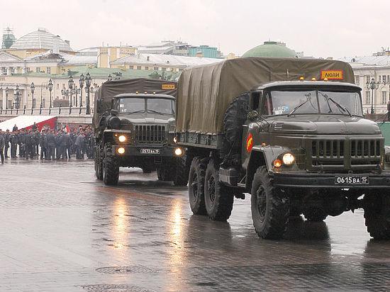 Глава МВД РФ: внутренние войска не допустят в России