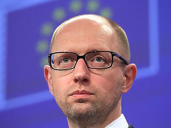 Яценюк озвучил условия «газового договора»: цена - 365 долларов, долги выплатят до конца года