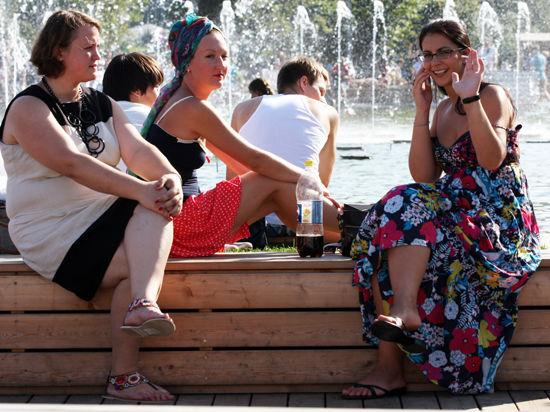 Москвичей ожидают знойные выходные без дождей