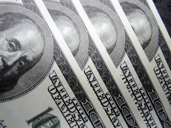 К концу года доллар достигнет отметки в 40 рублей