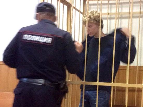 Арестованному за раскраску звезды руферу грозит до 7 лет лишения свободы
