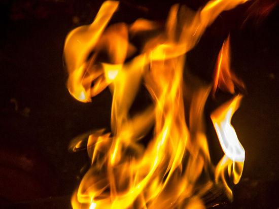 В Москве сын заживо сжег родную мать ацетоном