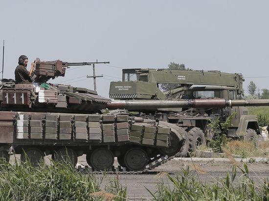ЛНР: Ополченцы разбили под Луганском колонну украинской бронетехники