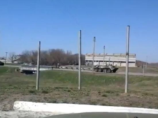 На Луганск движется колонна БТР, сообщают очевидцы