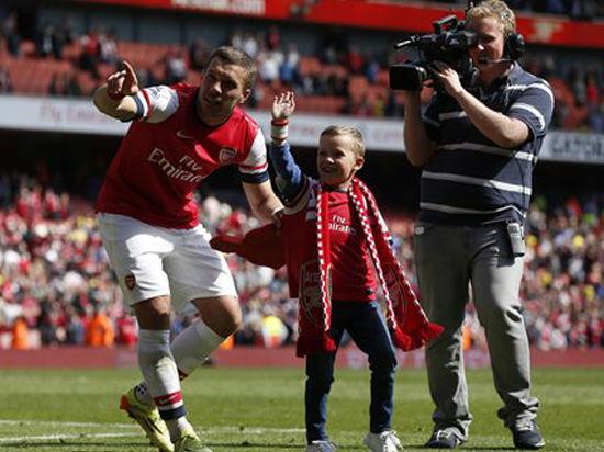 «Арсенал» заставил Англию плакать