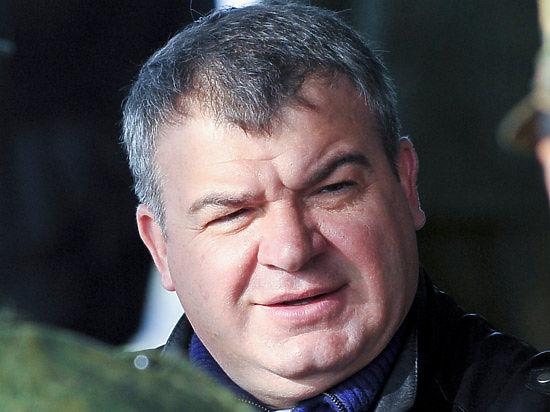 Сердюкова вызвали в суд по делу Евгении Васильевой
