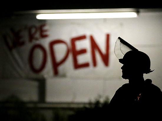 Губернатор штата Миссури ввел чрезвычайное положение и привел в готовность Нацгвардию: в США ждут расовых волнений?