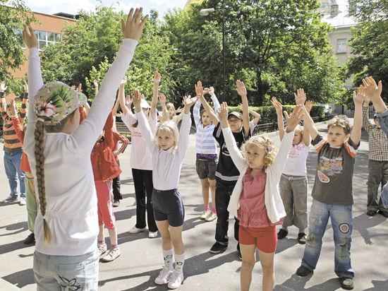 Провести лето, отдохнув с детьми или от них, — сезону-2014 по плечу любой родительский каприз