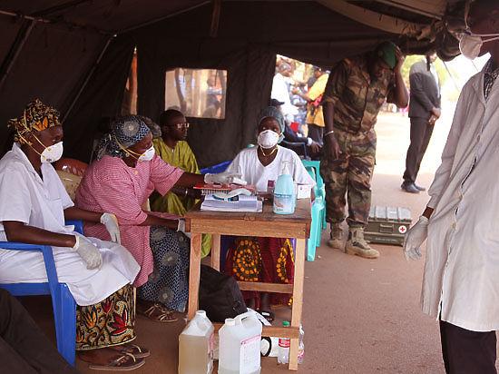 Россия направила Гвинее медицинскую и техническую помощь для борьбы с вирусом Эбола