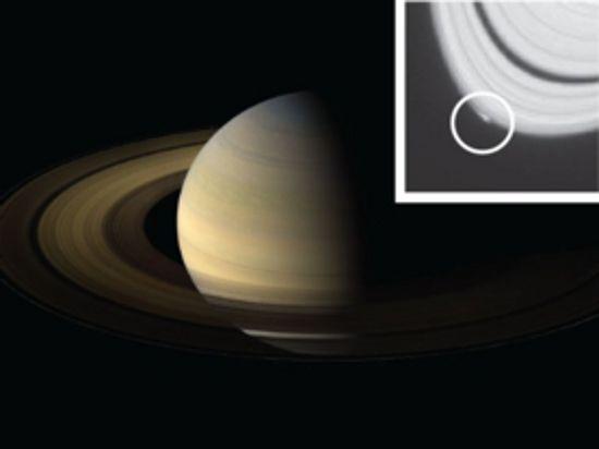 В кольце Сатурна на глазах ученых рождается новая луна