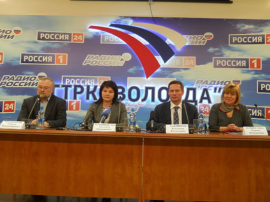 Руководство Минсельхоза и Молочного союза России прибыло в Вологду для решения проблем УОМЗ