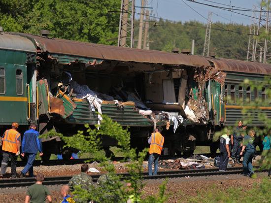 В крушении поезда в Подмосковье виноват «выброс путей»