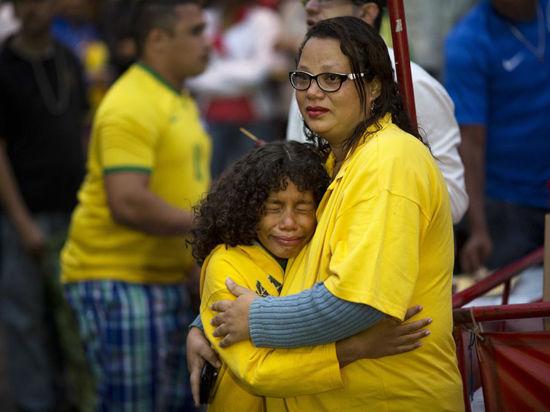 Поражение сборной Бразилии припомнят ее президенту